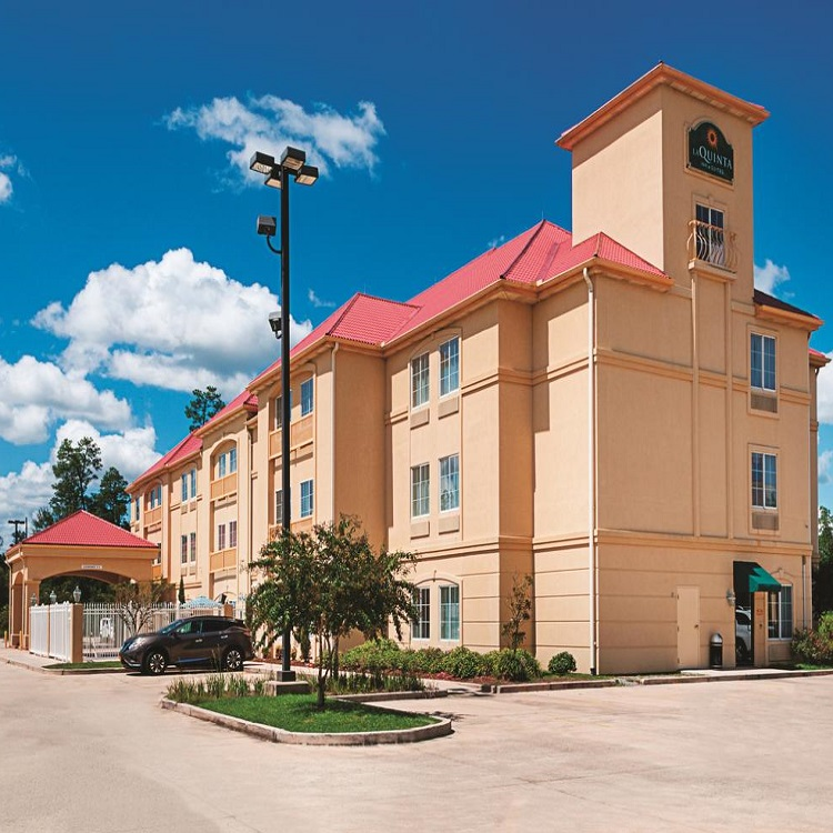Hotel Listings   DSH Hotel Advisors Inc